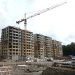 Башенный кран, Строительство жилого дома
